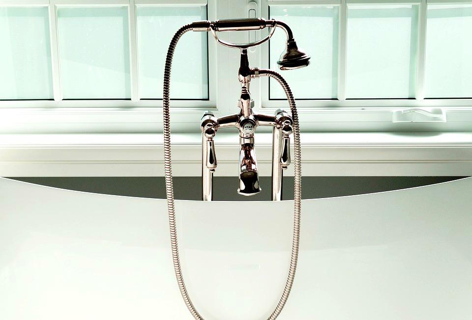 robinet plomberie salle de bain design